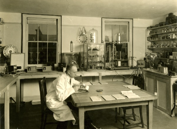 Harry Price in the National Laboratory of Psychical Research (HPG/1/2/1/x).